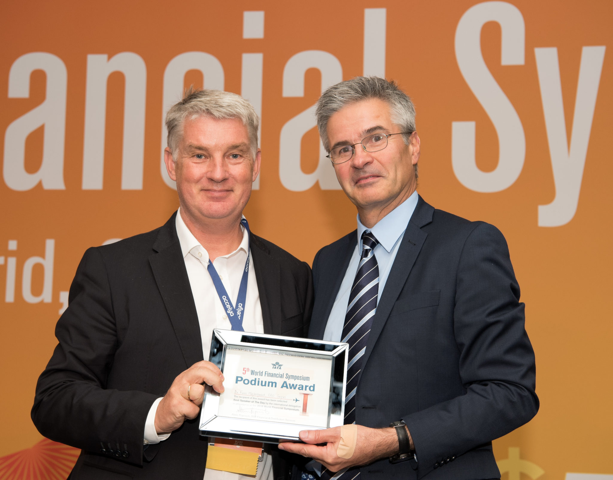 Dr Finn Majlergaard receiving award for his keynote speech on cultural competitive advantage